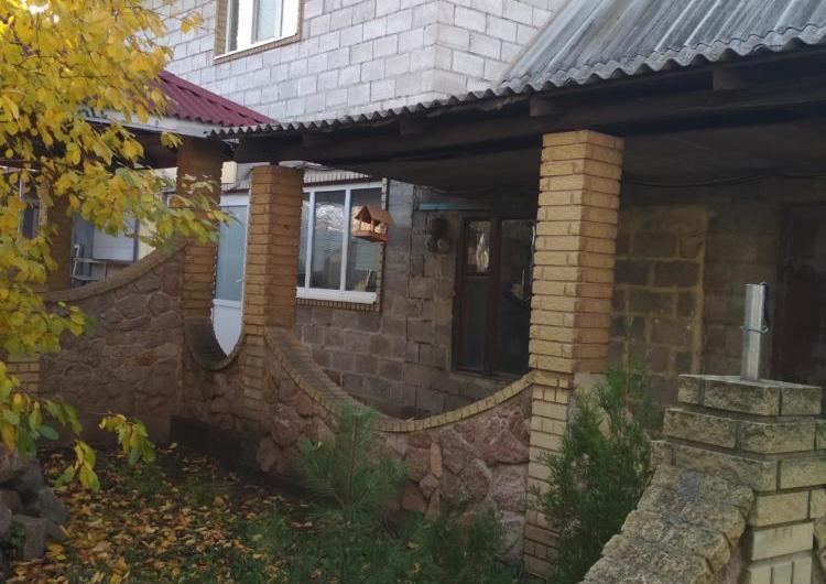 Продам 2 дома на участке.Ленинский р-н Авдотьино  70000 у.е.